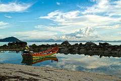 TALING NGAM     Koh Samui, Thailand (ernesto teruya) Tags: thailand kohsamui boat fishingboat sea