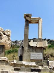 Ephesus_15_05_2008_43 (Juergen__S) Tags: ephesus turkey history alexanderthegreat paulua celcius library romans outdoor antiquity