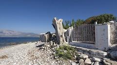 Peri, Samos GR ( doro 51 ) Tags: samos gr peri meer sea steine stones holz wood kerkis berg mountaindorophoto 2016