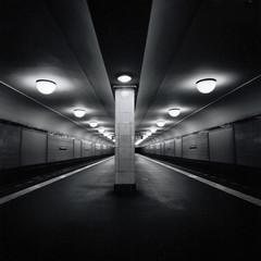 Heinrich-Heine-Straße (ucn) Tags: rolleiflexsl66 adoxcms20ii agfarodinal distagon50mmf4 berlin underground ubahnhof subway filmdev:recipe=10940 developer:brand=agfa developer:name=agfarodinal