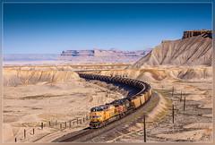 UP 6963, Green River (UT) 1.6.2014 (VTZK) Tags: green up train river book utah unitedstates pacific union zug cliffs coal curve trein courbe bocht kolentrain