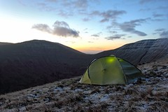 Brecon Beacons Wild Camp (~T.J~) Tags: camping mountains nature wales sunrise landscape dawn hiking tent breconbeacons wildcamping canonef1740mmf4l forceten forcetenion2