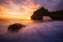 Sunset in Bali (Beboy_photographies) Tags: sunset bali seascape indonesia landscape lot wave tanahlot tanah beboy beboyphoto