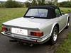 19 Triumph TR6 Verdeck sis 03