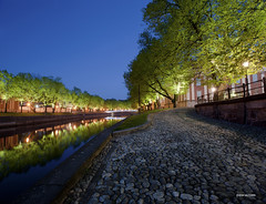 Turku__DSC8382.1 (vesa_aaltonen) Tags: beautiful night suomi finland river cityscape silent turku aura maisema urbanlandscape aurajoki kaunis rauhallinen kaupunkimaisema