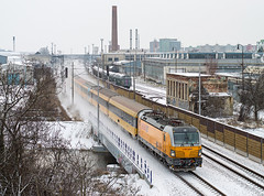 Snowy Vectron   193.214   IC 403 Regiojet   Nové Mesto nad Váhom (lofofor) Tags: electric nm garfield zima sneh koridor vectron regiojet nadjazd
