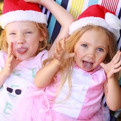 Merry Christmas (stuandgravy) Tags: amy 3years isla 5years