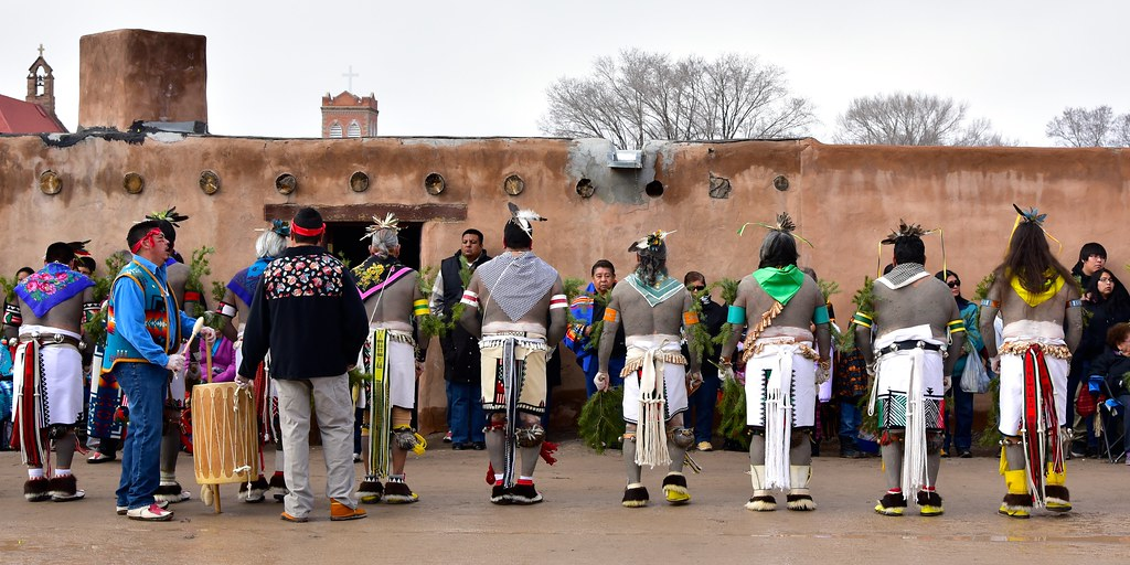ohkay owingeh dating San juan pueblo: information about san juan (ohkay owingeh) to study ancient potsuwi'i incised pottery shards dating from around 1450-1500.