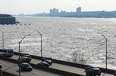 IMG_2877 (kz1000ps) Tags: nyc newyorkcity winter cold frozen newjersey manhattan icefloes hudsonriver february edgewater fortlee palisades washingtonheights guttenberg riversidedrive henryhudsonparkway