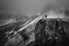Selfie below the clouds!!! (Dave Holder) Tags: mist mountain snow cold clouds mono blackwhite f4 selfie isleofsky quiraing 1653 canon6d stevecheethamphotography