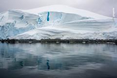 140225-5D3-0460.jpg (GuilleGiagante) Tags: blue sea naturaleza ice nature azul zeiss canon landscape mar frozen extreme antarctica paisaje contax iceberg antartida hielo tempano carlzeiss extremo congelado contaxn 5d3 5diii zeissvariosonnart35452485 antarcticasinonimos antartidasinonimos guillermogiagante guillegiagante