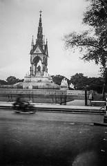 Prince Albert Memorial, London (Circa 1935) (FotoFling Scotland) Tags: kensington princealbertmemorial
