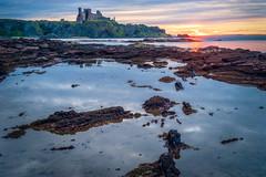Tantallon Castle - Sunset (Uillihans Dias) Tags: tantalloncastle scotland gb sunset sunrise castle uk landscape seascape seacoast sonyfe sonya7 hdr highdynamicrange hill rocks cliff uillihansdias