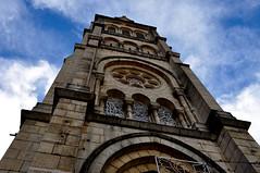 La torre y las nubes (enrique1959 -) Tags: martesdenubes martes nwn nubes iglesia cauterets pirineos francia europa notaterrorist virgiliocompany