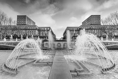 Le Havre (WhiteKroko) Tags: lehavre france fontaine blackandwhite