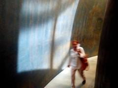 Hello?? (Greyframe) Tags: grayframe museum guggenheim candid shot spain spanien espania bizkaja baskenland basque