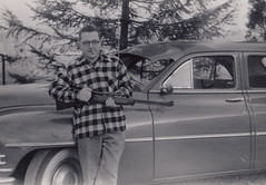 The Hunter and his Packard 1950's (Vintage car nut) Tags: 1940s 1950s 1948 1949 1950 plaid coat hunter casual
