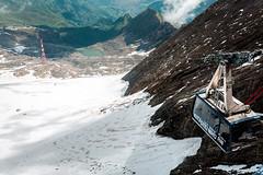 Kitzsteinhorn (Tuomo Lindfors) Tags: itvalta austria sterreich topazlabs dxo filmpack clarity kaprun kitzsteinhorn gipfelbahn topofsalzburg alpit alps alpen vuori mountain