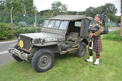 Piper and Jeep (masimage) Tags: hootonpark hooton park 1940s weekend 2016 wartime ww2 wwii soldier army navy raf usarmy jive dance thevictorygirls victorygirls victory girls belladonnabrigade belldonna brigade singers ensa vintage britain 40s reenactment reenactor