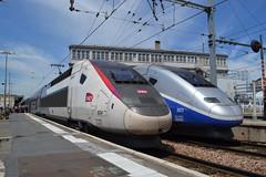 SNCF TGV Euroduplex 824 (310248) & 803 (310205) (Will Swain) Tags: paris gare de lyon 18th july 2016 train trains rail railway railways transport travel vehicle vehicles europe france french voyage capital city centre parisien ile ledefrance le socit nationale des chemins fer franais  grande vitesse sncf tgv euroduplex 824 310248 803 310205