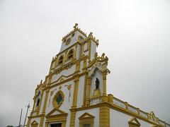 Catedral de Lorica (Alveart) Tags: colombia cordoba latinoamerica caribe suramerica lorica islafuerte regioncaribe alveart luisalveart santacruzdelorica pueblopatrimonio sinuislafuerte