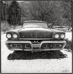 Ford Mercury Monterey 1958_Hasselblad (ksadjina) Tags: winter 6x6 film analog austria blackwhite mercury scan oldtimer rodinal tyrol haiming hasselblad500cm silverfast kodak100tmax nikonsupercoolscan9000ed fordmercurymonterey carlzeissdistagon40mmf14 oiler69