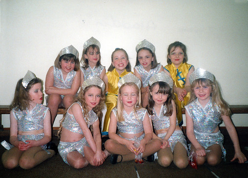 2000 Aladdin 11 (back row, x,Claire Sweeney, x,x,x,front Jenny Crossland,x,x,April Willis,x)