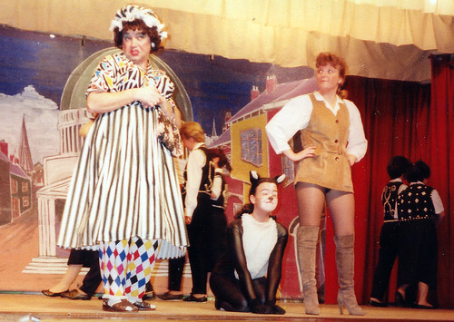 1994 Dick Whittington 10 (from left Ross Crowe, Kathy Allan, Sue Hewerdine)