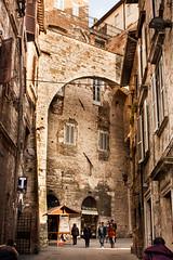 Perugia - Centro Storico (Alessandro Nenci) Tags: italia centro medieval age middle palazzo perugia medievale umbria priori citt storico