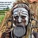 Ethiopië 2014 - Mursi krijger behoudt traditionele cultuur en heeft inkomen
