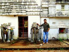 Explore Kandhamal (Chakapad & Dungi) (MusafirSamir.) Tags: temple shiv bhubaneswar phulbani kandhamal daringbadi dungi odisha chakapadshivtemple chakapad