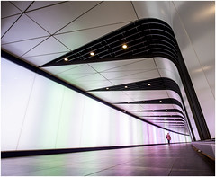 Tunnel of wow (Explore 12/07/16) (kevingrieve610) Tags: kings cross tunnel london city depthoffield explore flickr indoor lights canon 6d