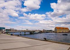 Kbenhavn 13-7 2016-006 (perfakir) Tags: bridge bro copenhagen copenhagenharbour kbenhavn pakhus streetkbenhavnshavn warehouse