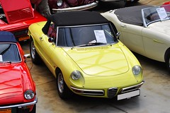 Osso di Seppia (Transaxle (alias Toprope)) Tags: alfaromeo spider 1300 duetto 1968 classicremise meilenwerk dusseldorf nikon d90 ar alfa soul styling sportscar sportcars beauty bella beautiful bellamacchina power pininfarina yellow design dohc dreamcar drophead droptop doppelnocker dream descapotable dreamcars autos auto antique amazing cars car coches coche classic classics carros carro clasico clasicos exotic italia italy iconic italian italianblood italiancars italiane italianclassics italauto italiana italiano italiani voiture vintage voitures veteran veterans vintagecar vehicle toprope twincam