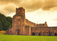 Fountains Abbey Enhanced (Fields of View) Tags: abbey ripon fountains fountainsabbey canon canoneos1000d sigma ruin derelict monks colorefex