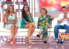 "Kelly Baron com look- Zumbi Urban Glamour no programa ""A tarde  sua"" da TVI. Vestido ref. VTV1661 comprar aqui: ( http://tinyurl.com/zcmxetk ) Disponvel tambm nas lojas de Vila Nova de Gaia e So Joo da Madeira e na loja online http://www.zumbi.pt #ne (pauloneves866) Tags: tvi gifts trendy look fashion trend white summercollection summer newcollection spring zumbiurbanglamour atardeesua dress"