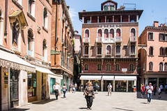Venice - Campo San Luca (Le Monde1) Tags: italy lemonde1 nikon d610 venice veneto unesco worldheritagesite riva calle fondamenta canals gondola republic art architecture palazzo waterway sinking camposanluca