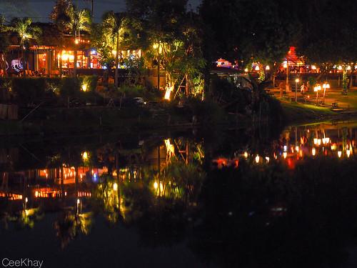 Chiang Mai riverside restaurants at night