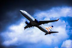 737 vs. darkness (Krysper) Tags: plane 737 highcontrast contrast clouds smartwings chopin airport spotting aviation boeing boeing737 738 boeing737800 airplane aircraft