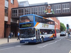 Stagecoach Yorkshire 17008 Chesterfield (Guy Arab UF) Tags: stagecoach yorkshire 17008 1901he 1999 dennis trident alexander alx400 bus new beetwell street chesterfield derbyshire buses south west s808bwc east london ta8
