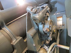 """US 105mm M2A2 Field Gun 62 • <a style=""""font-size:0.8em;"""" href=""""http://www.flickr.com/photos/81723459@N04/28933655292/"""" target=""""_blank"""">View on Flickr</a>"""