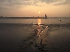 Liverpool - Merseyside Sunset (ofwaiting) Tags: liverpool merseyside uk united kingdom sunset england beach sand river mersey