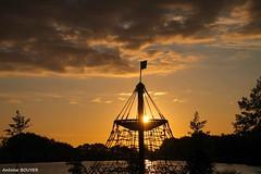 En soire (antoinebouyer) Tags: lac nuage ciel sky cloud soleil sun temps