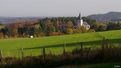 Kirche Weyer (franzopitz) Tags: eifel wald zaun wiese dorf kirche