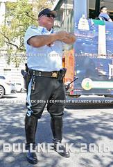 USPP, Sept. '16 -- 173 (Bullneck) Tags: autumn americana washingtondc federalcity nationalmall heroes uniform macho toughguy biglug bullgoons police motorcops cops motorcyclepolice motorcyclecops boots breeches uspp usparkpolice gun sentry