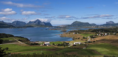 there are places that proof themselves indelible from your heart and mind (lunaryuna) Tags: panorama mountains beauty norway season landscape islands coast lunaryuna thenorth lofotenislands ballstad arcticsummer seastrait norwegiansea mortsund lofotenwall thecoloursofthenorth
