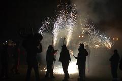Correfocs (Isabel-Valero) Tags: espaa valencia night spain fuego castillo comunidad 2014 fallas correfocs foc petardos falenciana