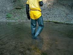IM001260 (hymerwaders) Tags: wet yellow gelb muddy waders matsch nass watstiefel