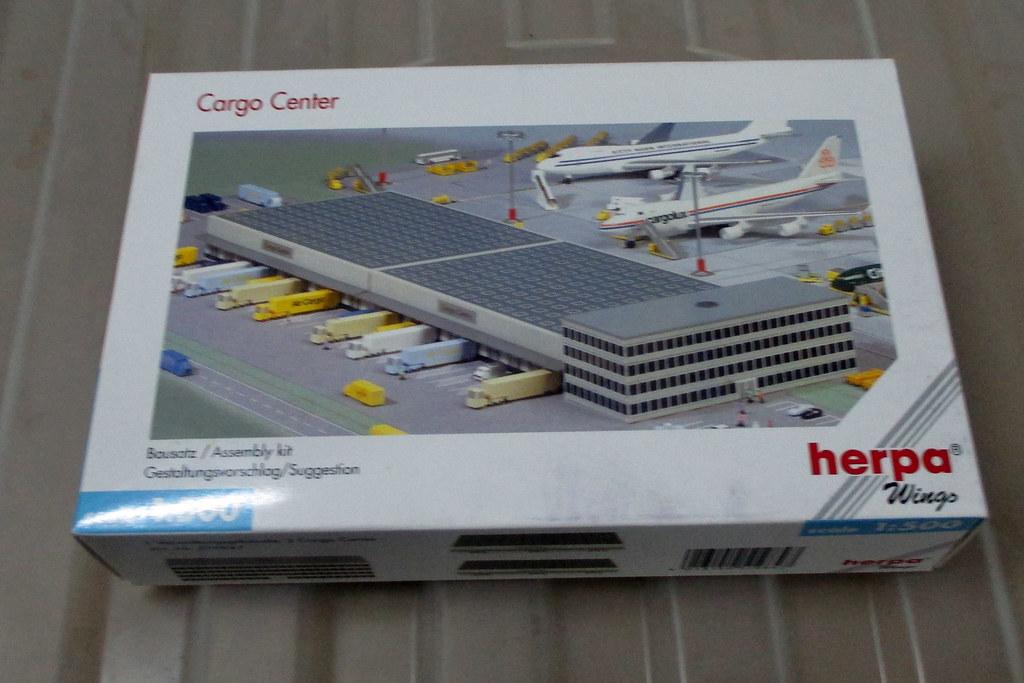 Herpa Wings 1:500 519847 Cargo Center Buildings