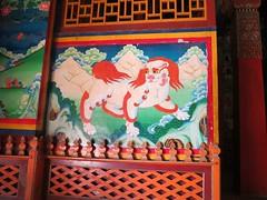 Tsongkhapa Hall entrance (Linda DV) Tags: china travel geotagged mural shangrila yunnan fresco wallpainting zhongdian yellowhat 2014 tibetanbuddhism sungtseling geomapped songzanlinmonastery gandensumtselinggompa gelukpa buddhistsymbolism tibetanbuddhistmonastery gandensumtselingmonastery guihuamonastery lindadevolder shangelila guihuasi picmonkey thelittlepotalapalace sumtsalingmonastery